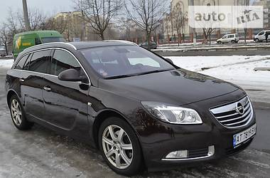 Opel Insignia COSMO 118KW 2011