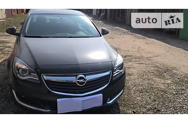 Opel Insignia Essentia 2016
