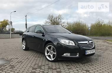 Opel Insignia COSMO 2011