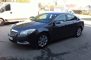 Opel Insignia 2.0 T SPORTS TOURIER 2011