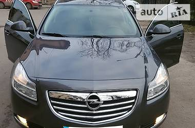 Opel Insignia 118KWT TIPTRONICK 2012