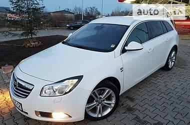 Opel Insignia ST COSMO 4X4 2012