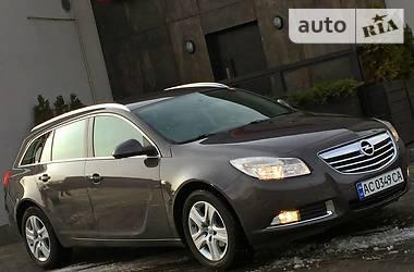 Opel Insignia ** SPORTS TOURER ** 2012