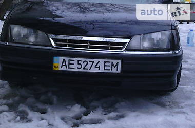 Opel Omega 2.0 i GLS 1992