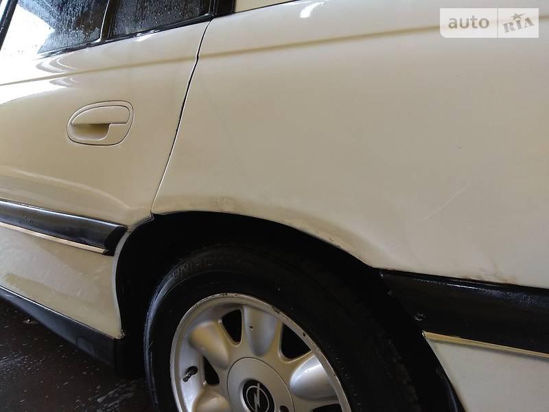 Opel Omega 1996 року