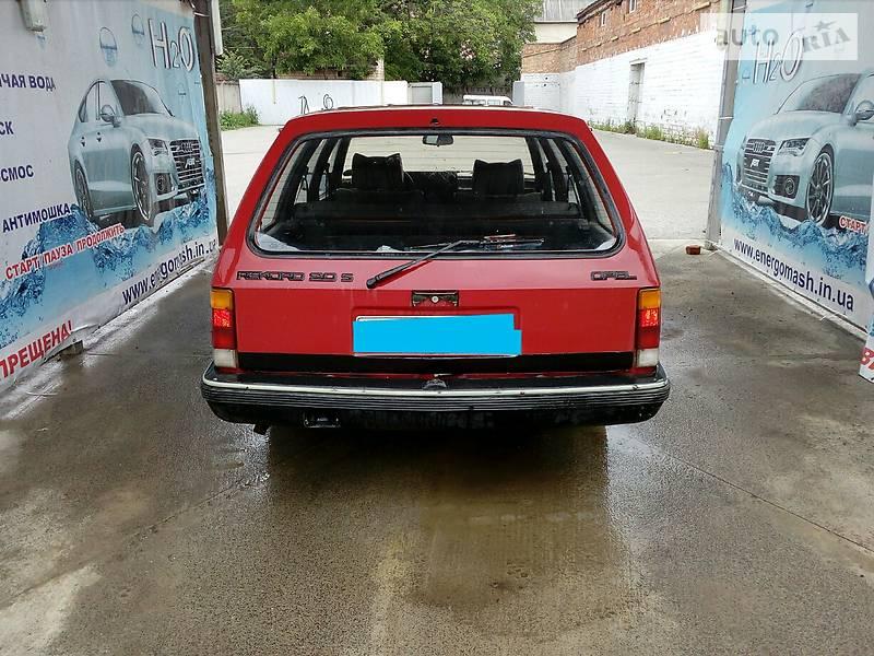 Opel Rekord 1986 года
