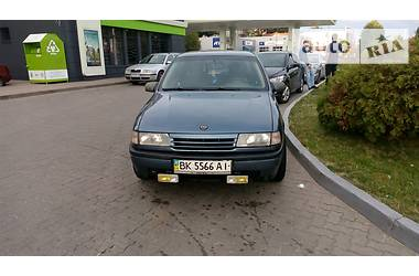 Opel Vectra A 2.0 i 136 к.с. 1989