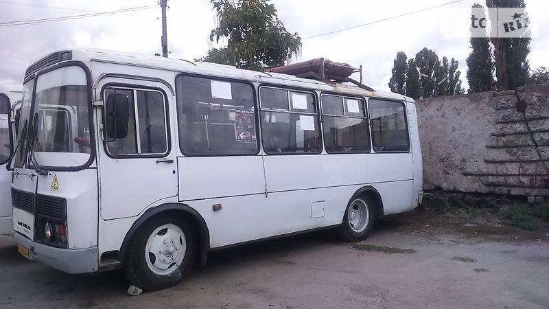 ПАЗ 32051