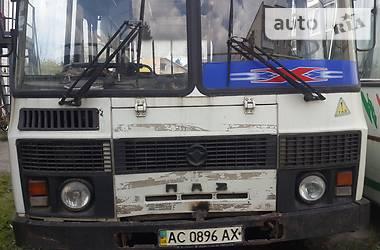 ПАЗ 3205  2005