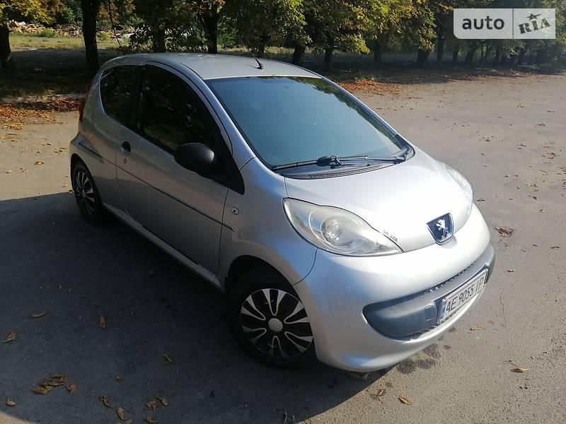 Купе Peugeot 107 Hatchback (3d)