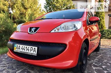 Peugeot 107 Pure Tech VTI 2006