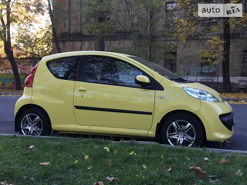 Купе Peugeot 107