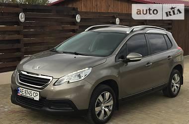 Peugeot 2008 1.2i 2014