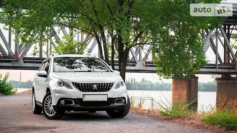 Peugeot 2008 2016 року
