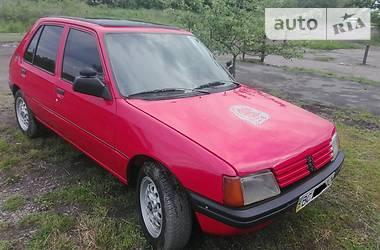 Peugeot 205  1986