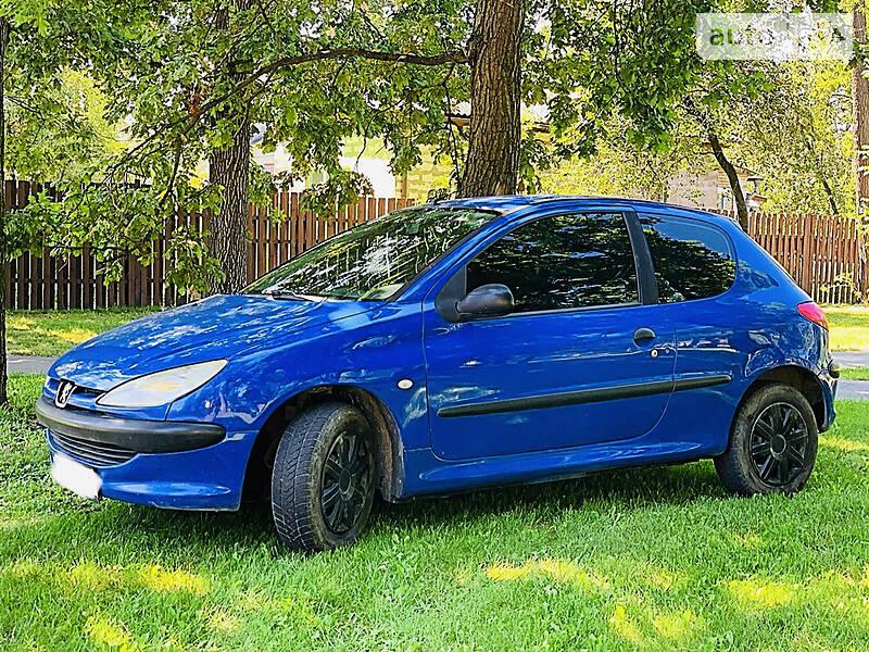 Купе Peugeot 206