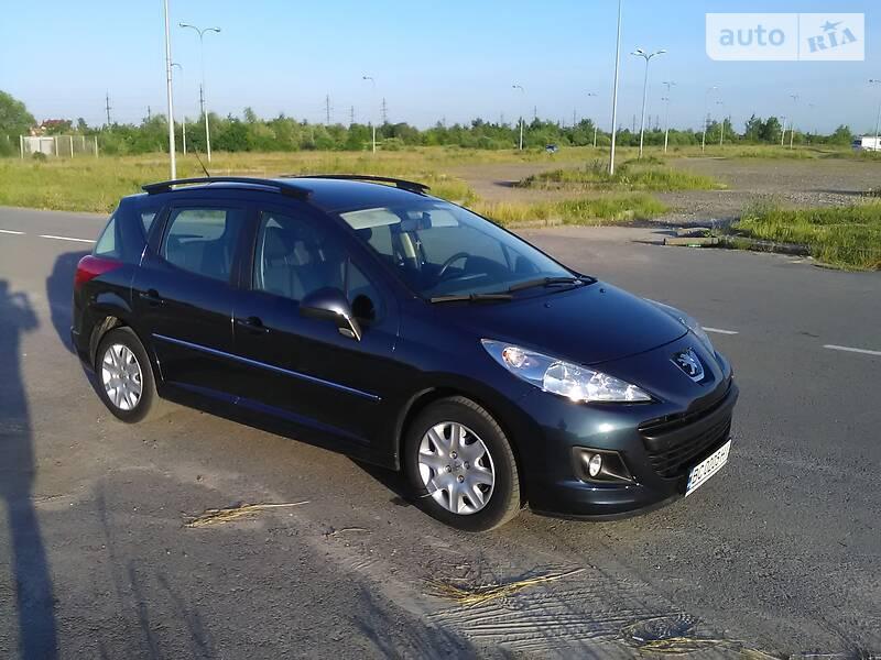Универсал Peugeot 207