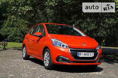 Peugeot 208 Hatchback (5d) Like 2016
