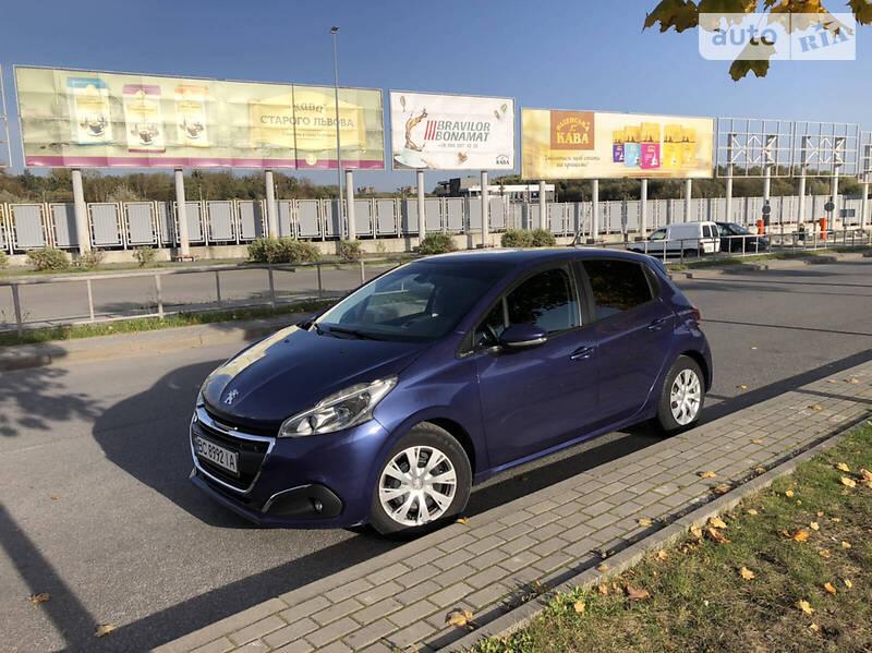 Peugeot 208 Hatchback (5d)
