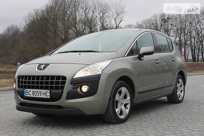Peugeot 3008 2013 року