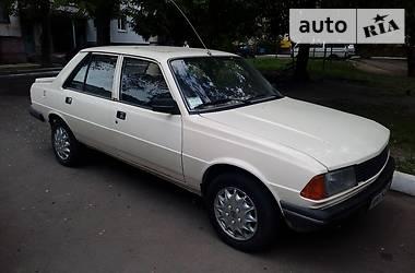 Peugeot 305  1986