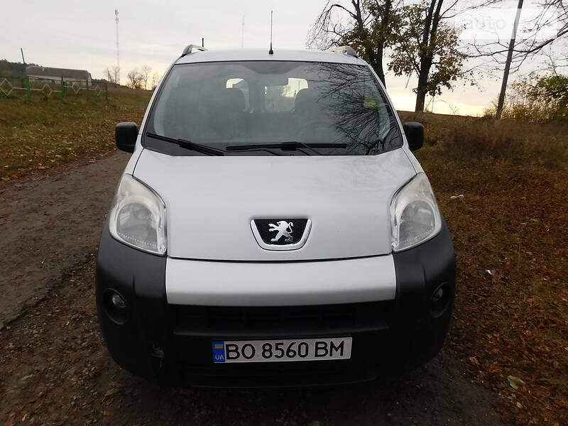Минивэн Peugeot Bipper груз.