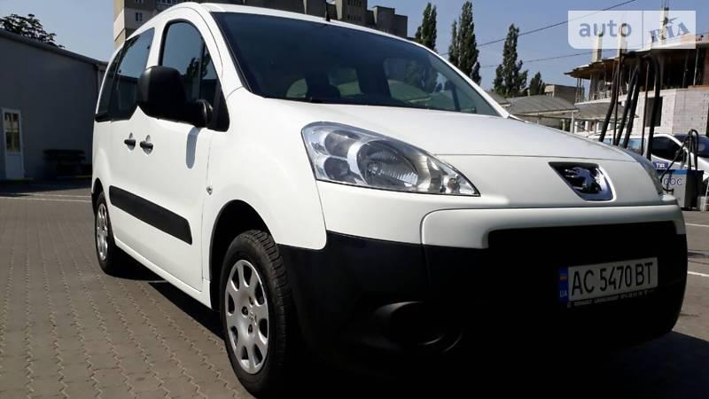 Peugeot Partner 2012 года