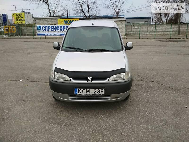 Peugeot Partner 2001 года