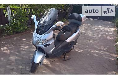Piaggio X9 evolution 2004
