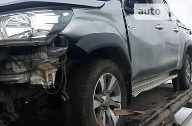 Характеристики Toyota Hilux Пикап