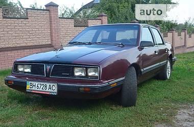 Pontiac 6000  1990