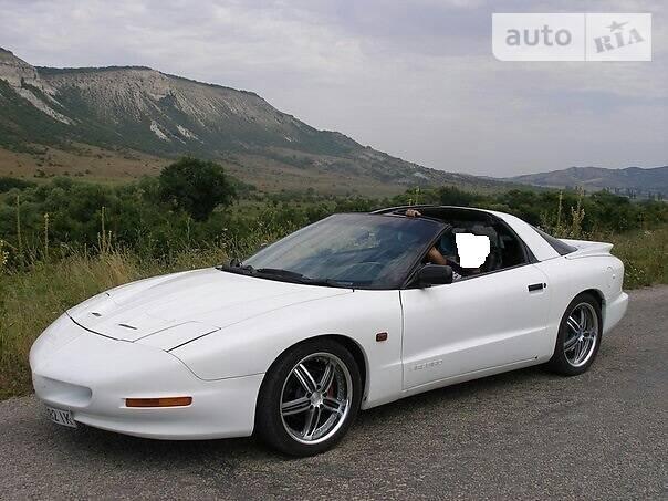 Pontiac Firebird 1995 року