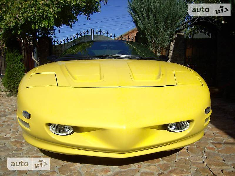 Pontiac Firebird 1993 року