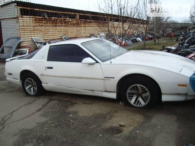 Pontiac Firebird 1991 року
