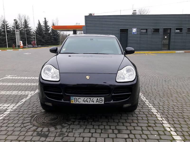 Porsche Cayenne 2005 року