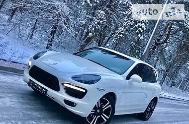Porsche Cayenne GTS 2012