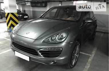 Porsche Cayenne Cayenne S, GTS 2012
