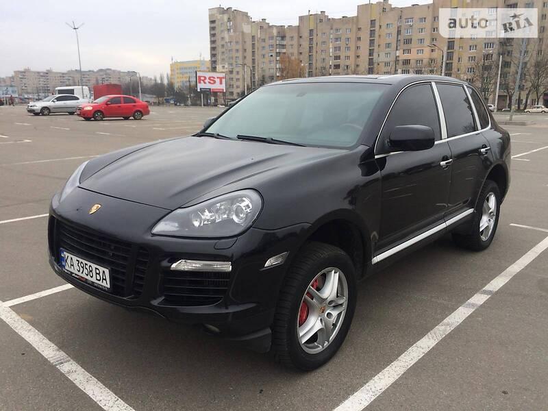 Универсал Porsche Cayenne