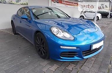 Porsche Panamera 3.0   2013