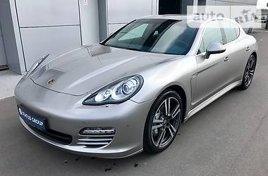 Porsche Panamera S 4.8 2012
