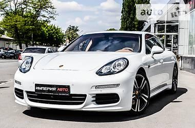 Porsche Panamera 4S Executive Long 2014
