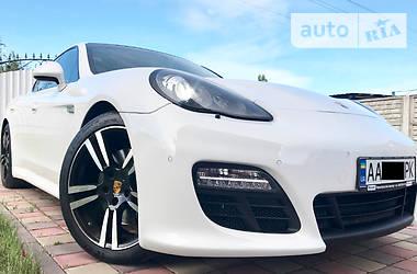Porsche Panamera  GTS INDIVIDUAL 3.0D 2012