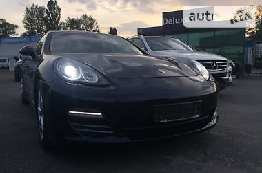 Porsche Panamera 4S 4.8 2011