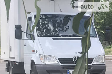 Характеристики Mercedes-Benz Sprinter 413 груз. Рефрижератор