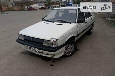 Renault 11  1988