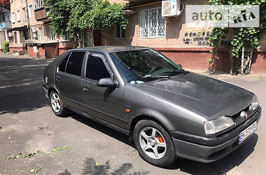 Renault 19 Chamade  1995