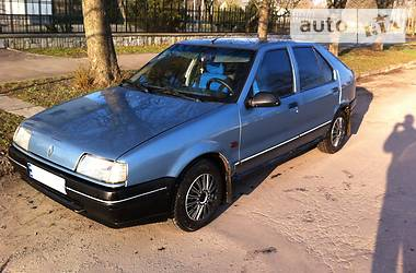 Renault 19  1989