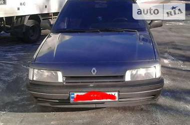 Renault 21  1993