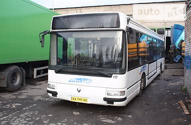 Renault Agora PS09B46S 1999