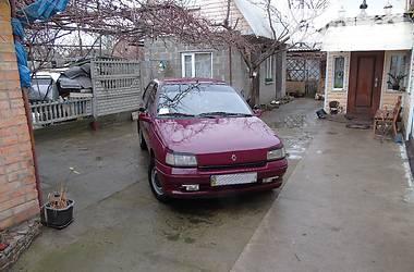 Renault Clio  1992